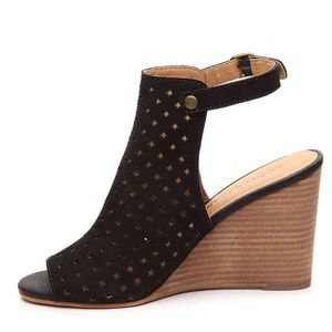 Lucky Brand Black Peeptoe Wedge Super Comf 9.5